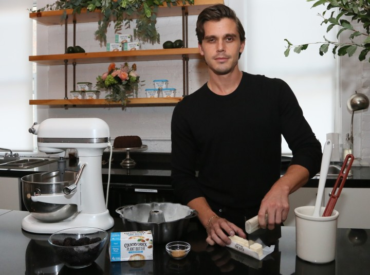 Interview: Antoni Porowski's Go-To Holiday Dish, Adapting A Plant-Based Lifestyle, 'Queer Eye' And More